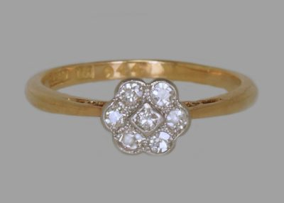 18ct Gold Antique Diamond Daisy Ring