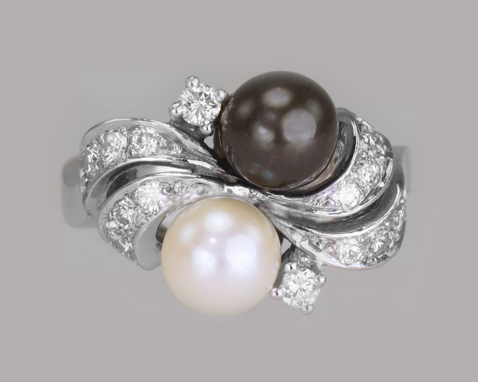 Vintage Tahitian Pearl Toi & Moi & Diamond Twist Ring