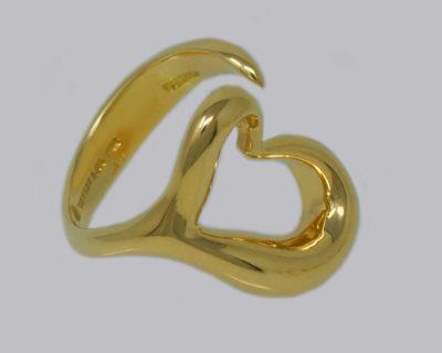 Elsa Peretti 18K Open Heart Ring