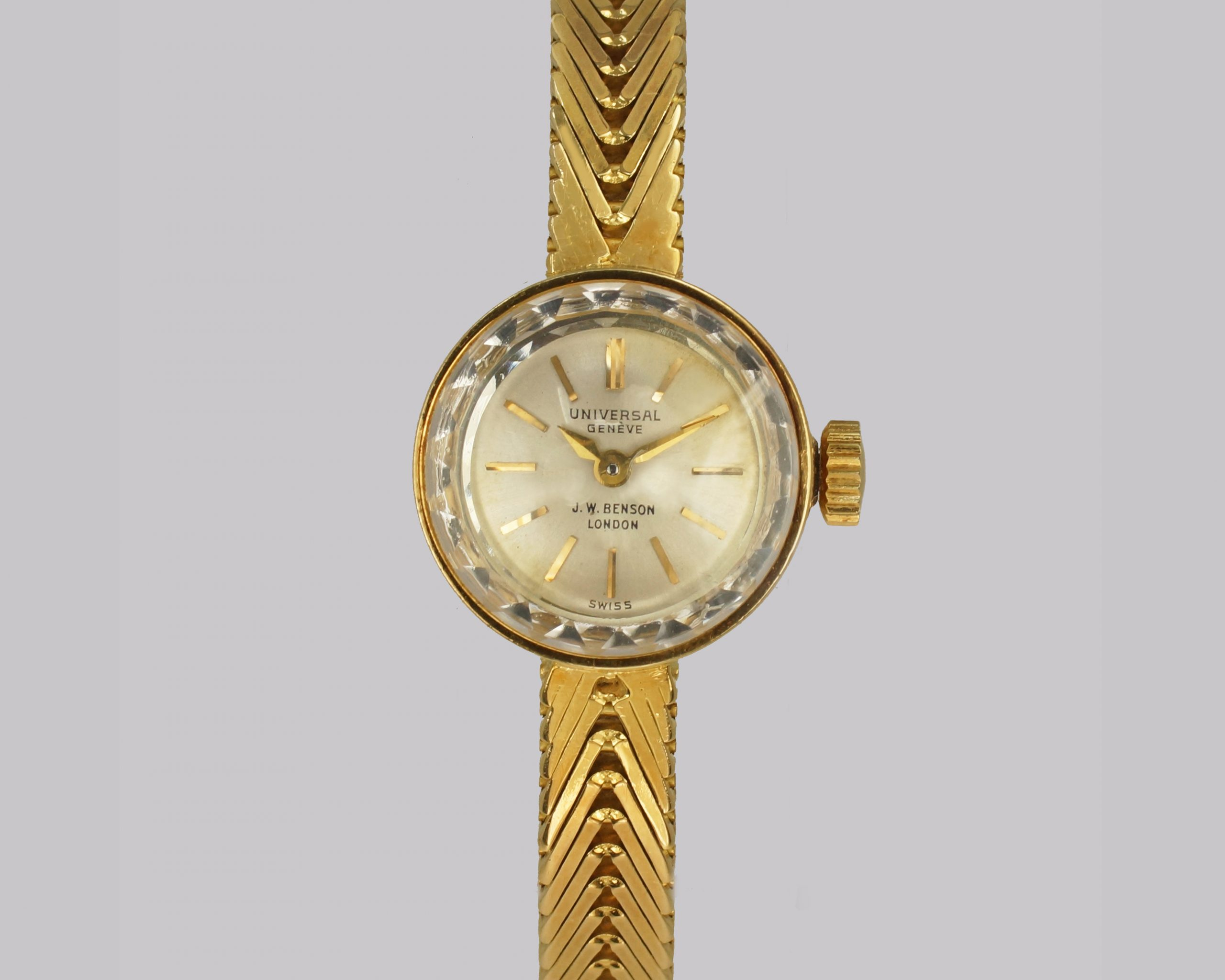 Vintage 18ct Gold Ladies Bracelet Watch
