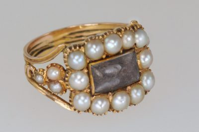 Georgian 15ct Gold Pearl Antique Memorial Ring