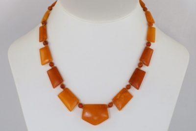 Art Deco Natural Baltic Amber Bead Necklace