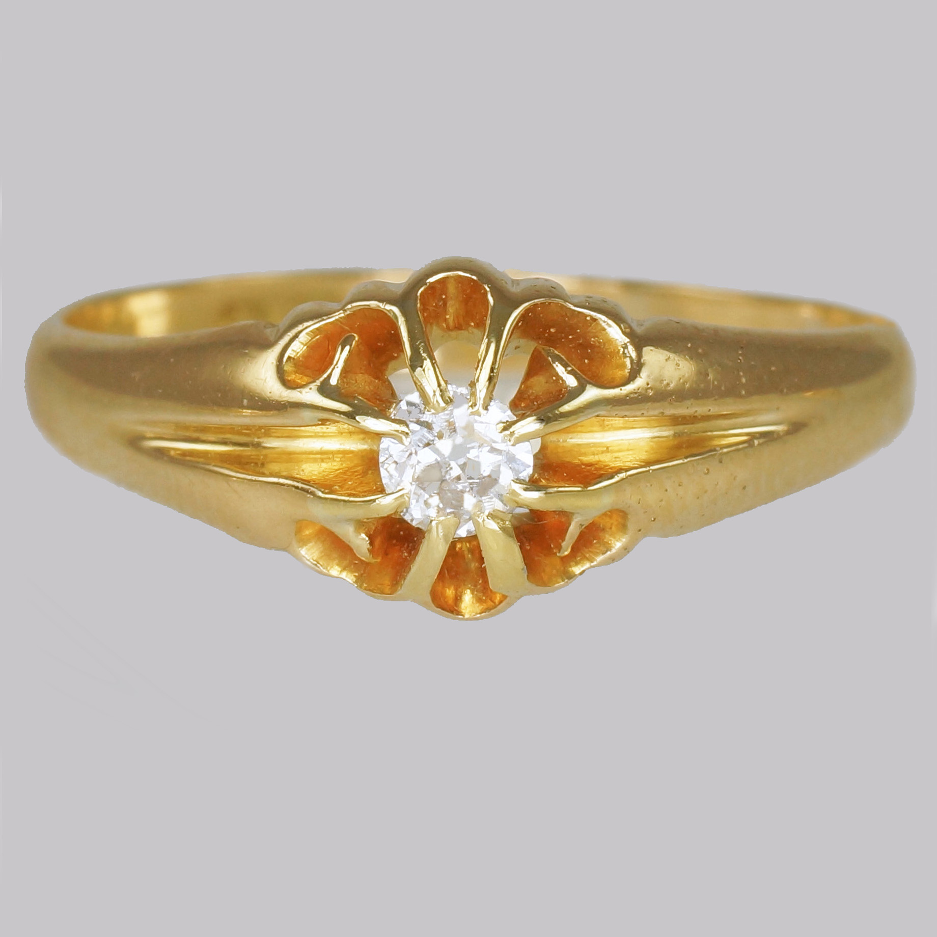 Antique 18ct Gold Diamond Solitaire Ring