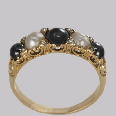 Antique Black & White Tahitian Pearl Gold Ring