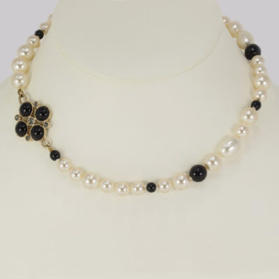Chanel Pearl Necklace Black Bead & Crystal